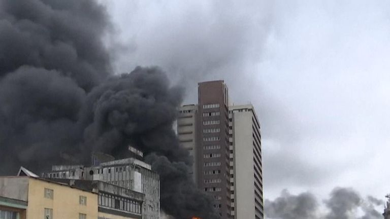 Fire tears across roof of shopping centre in Lagos