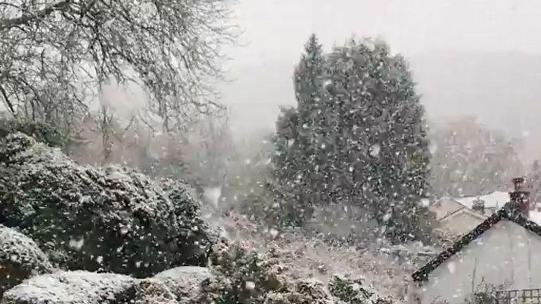 Snow in Glyn Ceiriog near Llangollen in North Wales Pic: Twitter/@Steffan_W_1991