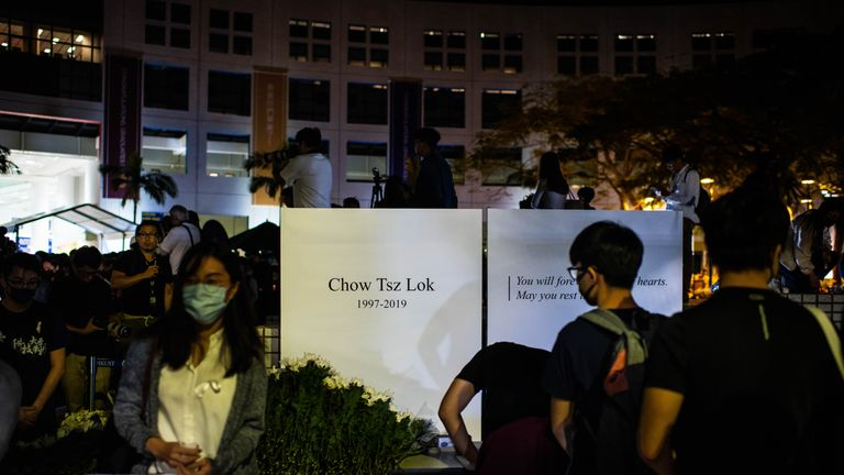 Students attended a ceremony on Friday night to pay tribute to Chos Tsz-lok
