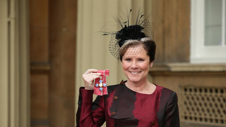 Imelda Staunton received a CBE for services to drama from the Duke of Cambridge in 2016