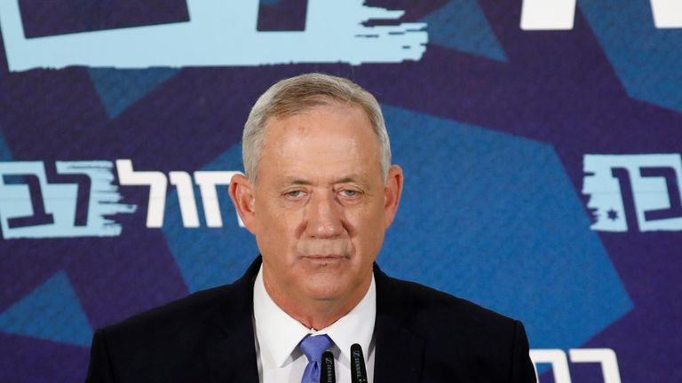 Benny Gantz said he would not meet the midnight deadline to form a coalition