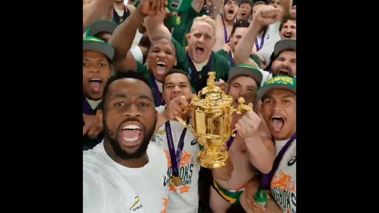 The Springboks filmed a group video after defeating England in the World Cup final, dedicating the victory to their country.
