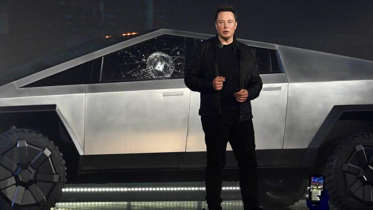 Elon Musk unveils the Cybertruck