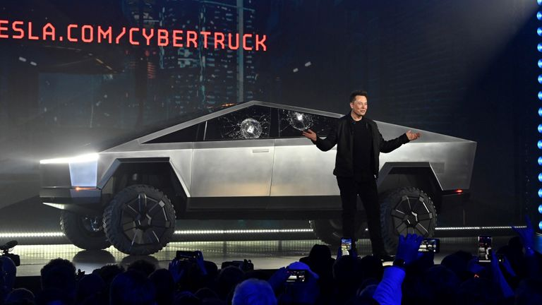 Elon Musk unveils the Cybertruck