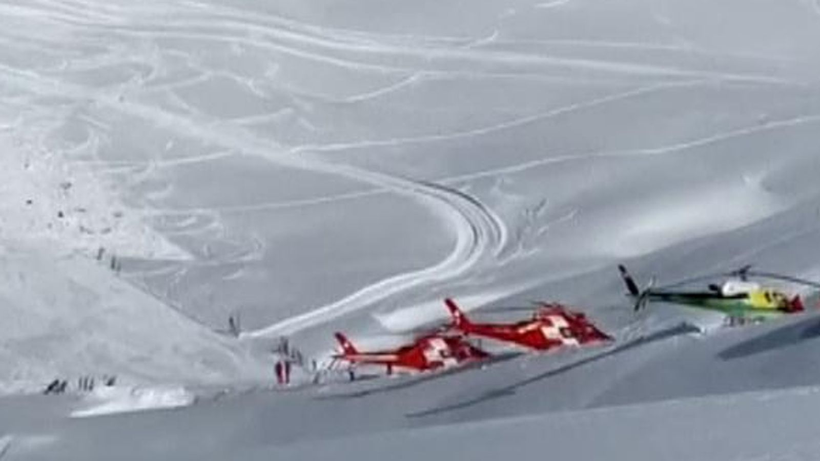 Search for buried skiers as four avalanches hit Austria and Switzerland - EpicNews