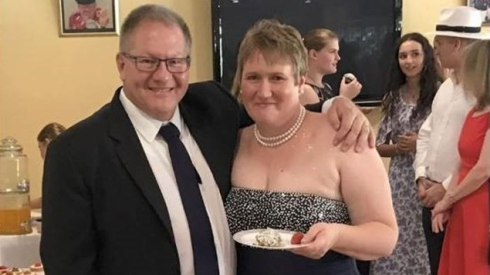 New Zealand volcano: White Island victim wakes from coma to learn husband and daughter are dead