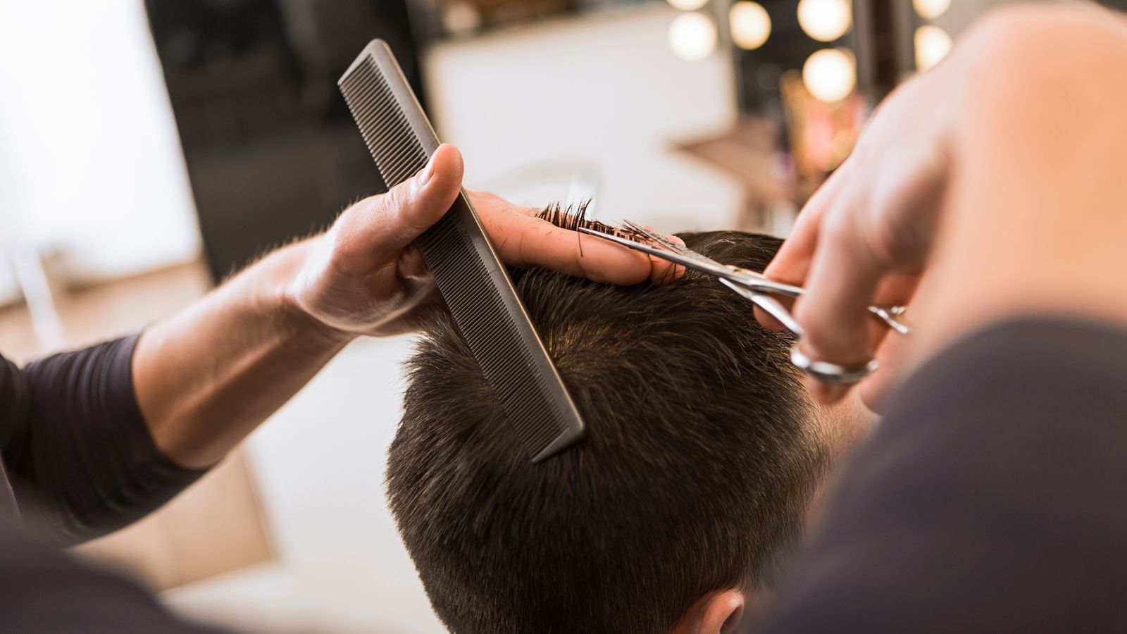 Supercuts rescue deal close to salvaging 1,000 jobs - EpicNews