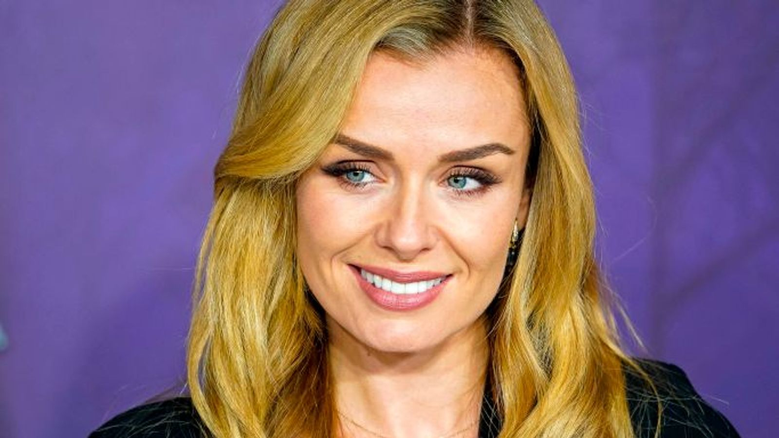 Katherine Jenkins mugged after trying to stop robbery on elderly woman