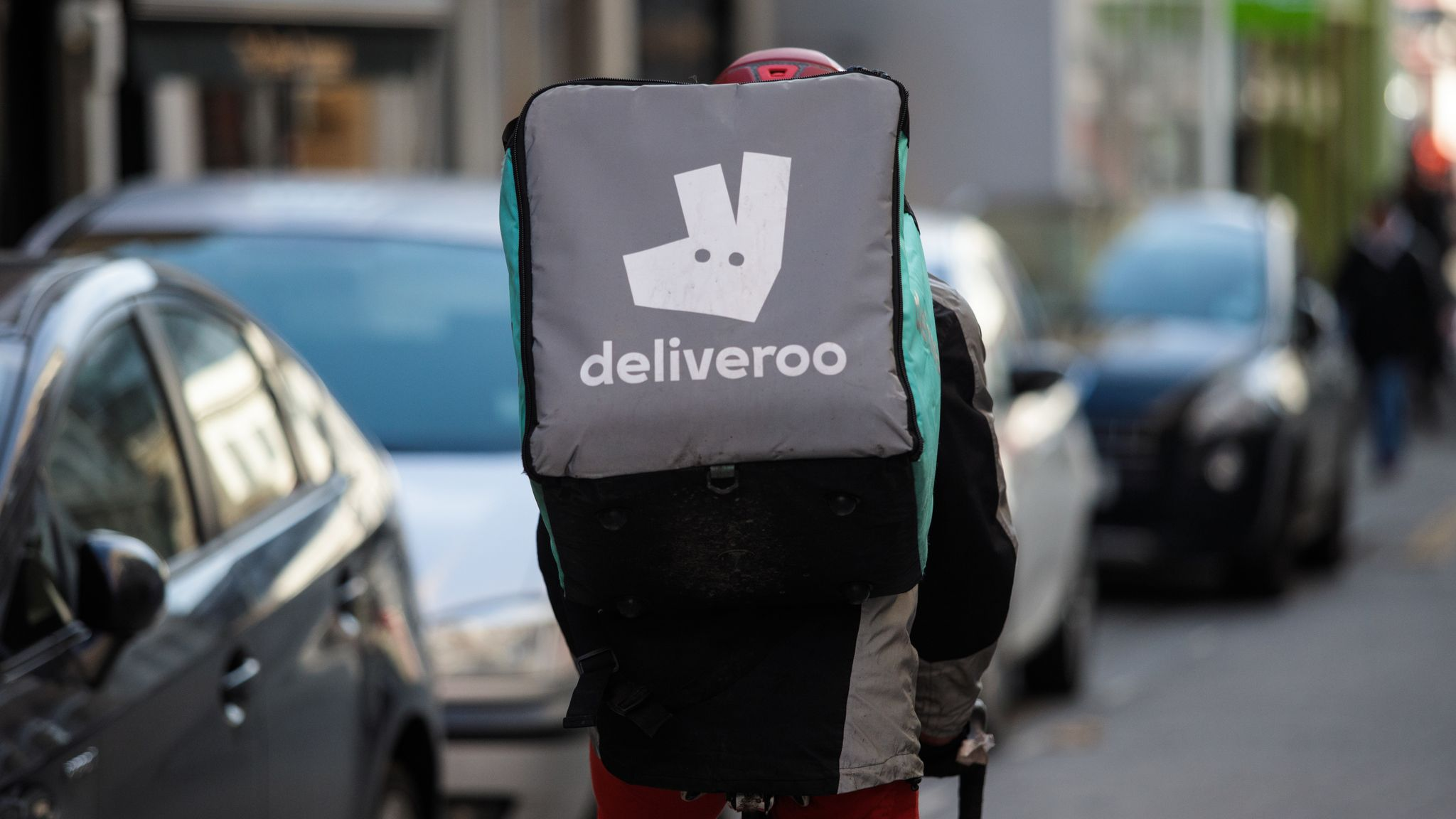 Deliveroo pencils in 8 March for IPO