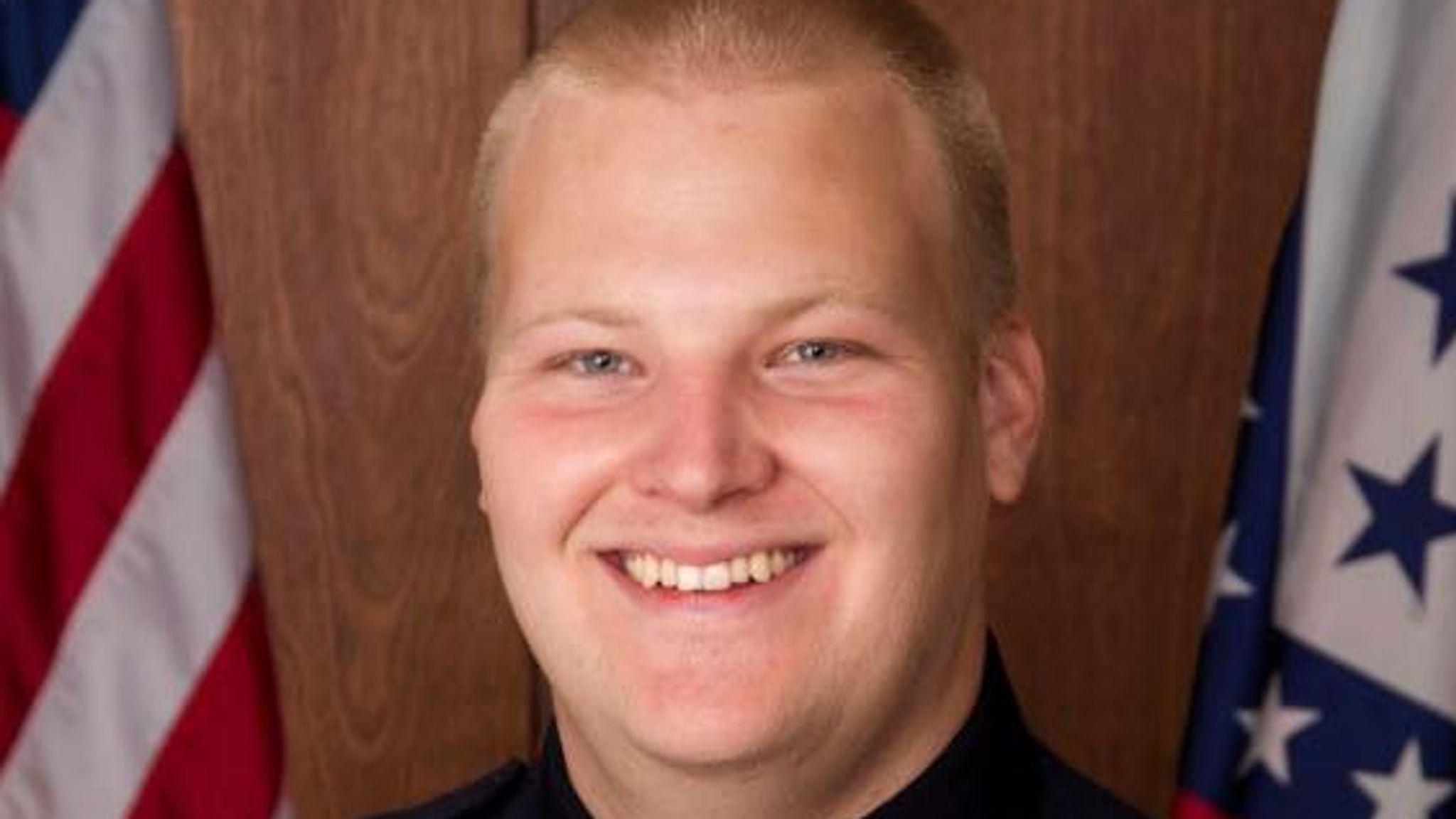 Policeman 'ambushed and executed' in patrol car in Arkansas