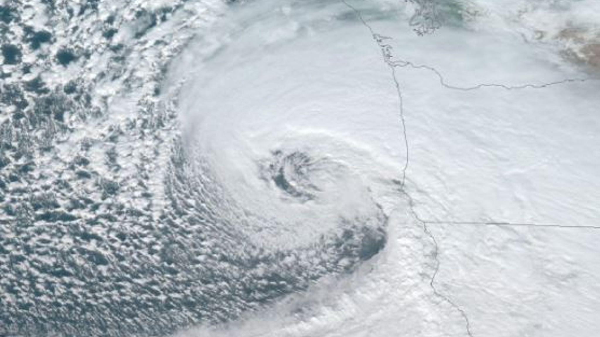 California 'bomb cyclone': Mega 75ft wave triggered off California by massive 100mph storm