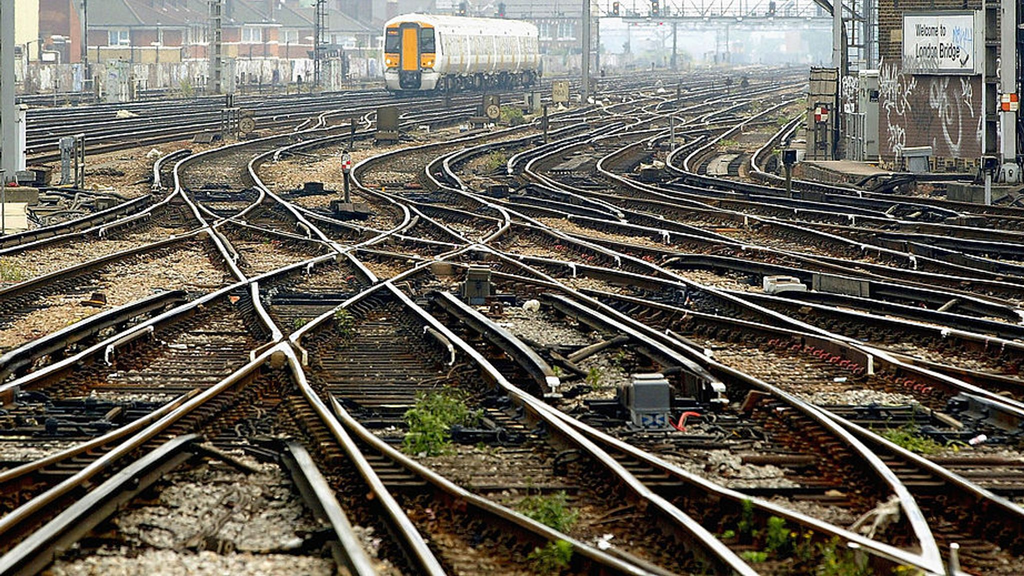 Major train timetable changes come in adding 1,000 new weekly services