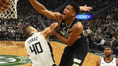 Giannis soars for thunderous jam