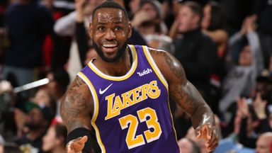 LeBron maintains All-Star fan vote lead