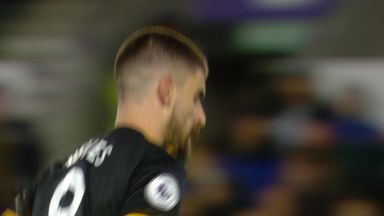 Neves inches wide (10)
