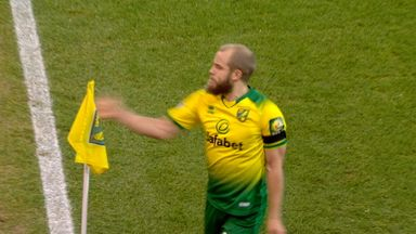 VAR controversially overturns Pukki goal
