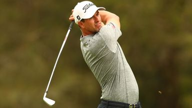 Scott back in the swing with 64