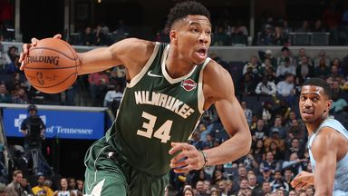 Giannis tames Grizzlies with double-double