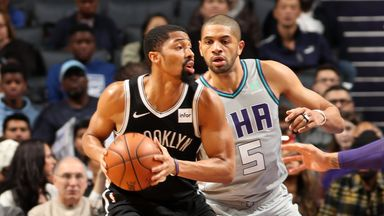 Dinwiddie with 12 assists over Hornets