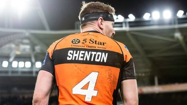 Shenton fit for Super League opener