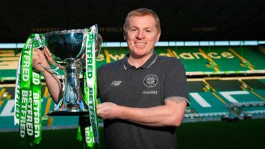 Lennon completes trophy collection!