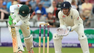 Pakistan in talks to host England in 2021