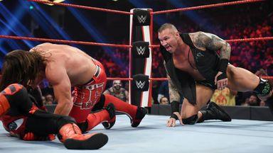 Orton slithers into U.S. Title clash