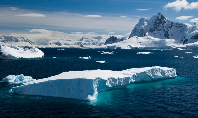 Antarctica faces growing threat as vital treaty comes under pressure - Radio Exe