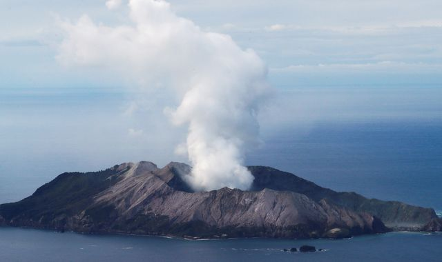 New Zealand volcano: Teams land on White Island to begin risky mission to recover bodies