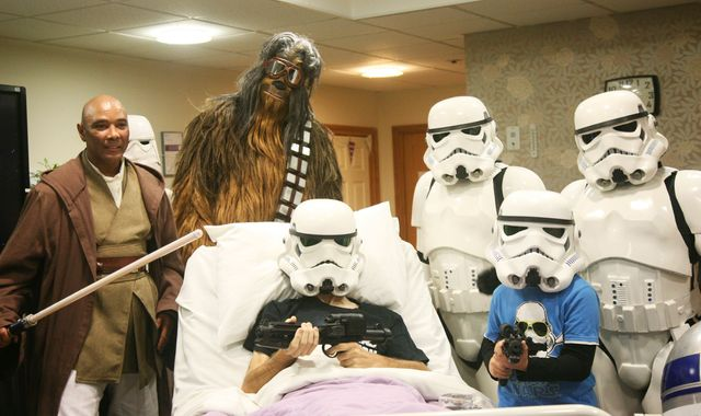 Star Wars: Terminally ill father gets to watch The Rise Of Skywalker early with his family at hospice