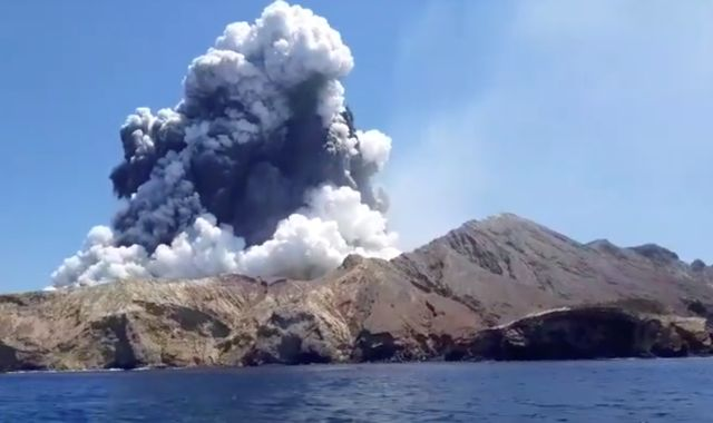 New Zealand volcano: Two more die after eruption as student details rescue attempt