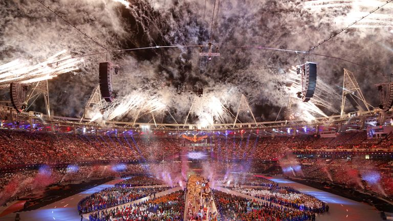 Fireworks explode from the periphery of the Olympic stadium during the closing ceremony of the 2012 London Olympic Games in London on August 12, 2012.  Rio de Janeiro will host the 2016 Olympic Games.          AFP PHOTO / THOMAS COEX        (Photo credit should read THOMAS COEX/AFP/GettyImages)