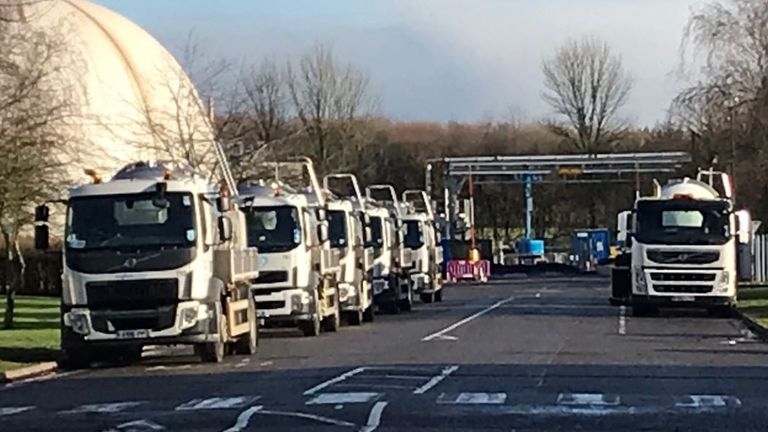 Anglian sent in tankers to pump water into the mains