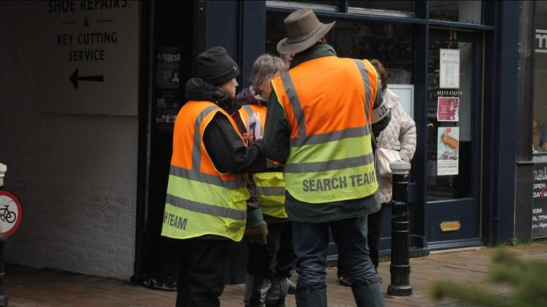 A search team for Anthony Knott