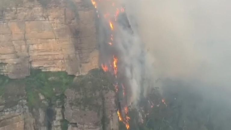 Blue Mountains on fire