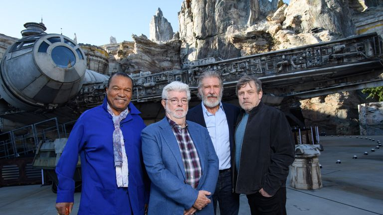 (L-R) Billy Dee Williams, George Lucas,  Harrison Ford