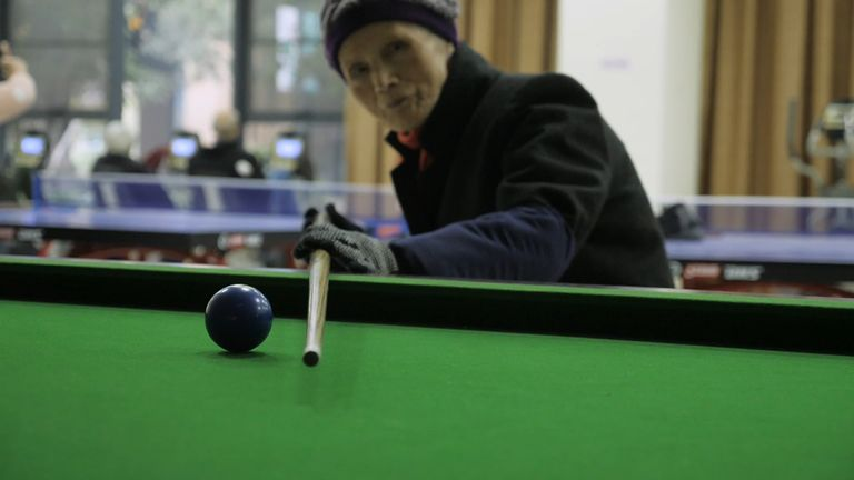 China's ageing popu.ation presents a critial issue for the government.