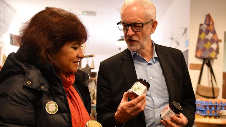 Mr Corbyn shows his wife some jam in the shop