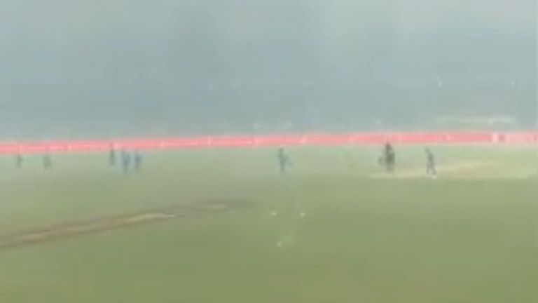 Cricket is stopped in Canberra as smoke from bushfires makes play impossible