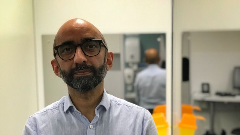 Dr Saket Priyadarshi