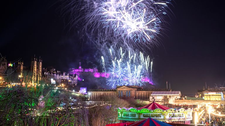 Thousands of fireworks - weighing 3.3 tonnes - have been set off at Edinburgh Castle