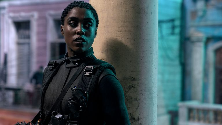 Nomi (Lashana Lynch) is ready for action in Cuba in James Bond: No Time To Die