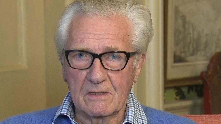 "Former Tory Deputy PM and remain supporter Michael Heseltine tells Sky it's ""pie in the sky"" to keep fighting on."