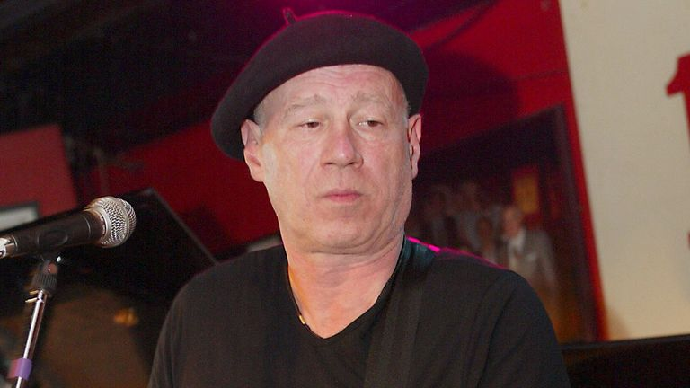 Neil Innes performing with The Rutles in 2004