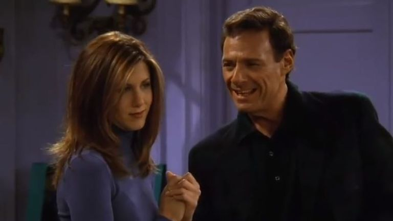 Ron Leibman and Jennifer Aniston as Rachel Green and her father, Dr Leonard Green, in Friends