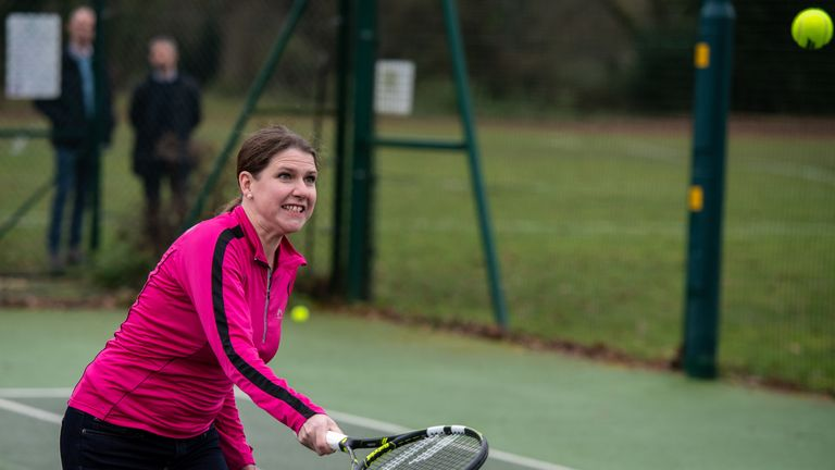 Jo Swinson visits Shinfield Tennis club in Reading