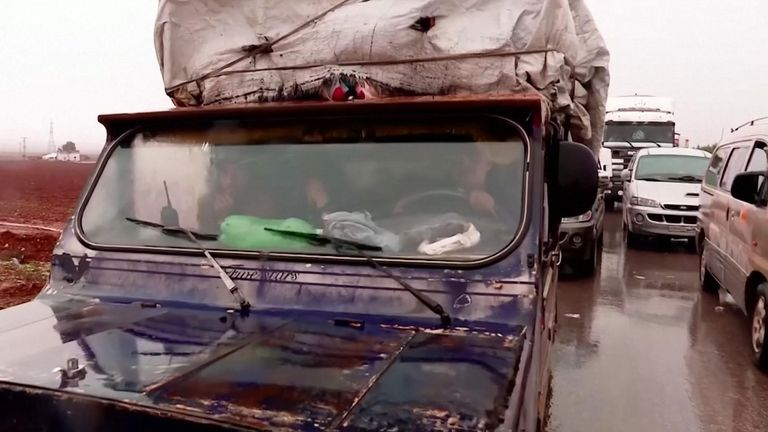Battles around Maraat al-Numan have caused more people to flee