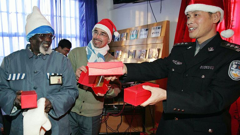 The note allegedly came from prisoners in Qingpu's foreign prisoners' unit - pictured here in 2004 celebrating Christmas