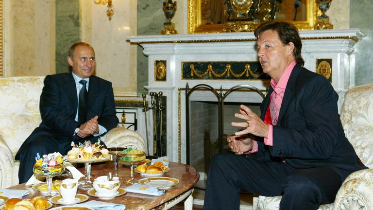 Putin meets Paul McCartney at the Kremlin in May 2003