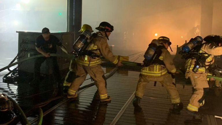 Un yacht de l'ex de Jennifer Lopez incendié : 7 millions de dollars partis en fumée